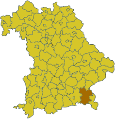 Map of Bavaria highlighting the district Traunstein