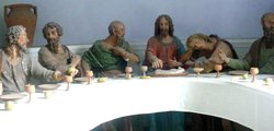 The Last Supper, represented by polychrome sculptures in the Pilgrimage Church of Madonna dell Sasso ()