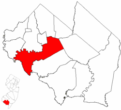 Fairfield Township highlighted in Cumberland County. Inset map: Cumberland County highlighted in the State of New Jersey.