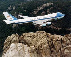 Air Force One Capability And Features | RM.