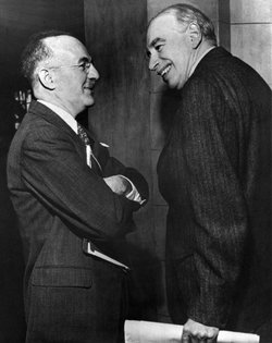 Harry Dexter White (left) and John Maynard Keynes at the