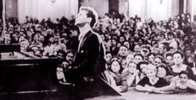 Cliburn playing in the final round of the First International Tchaikovsky's Piano Competition