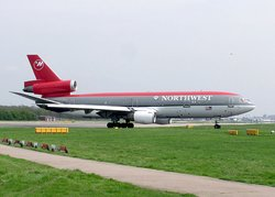 Northwest Airlines DC-10 in the old livery