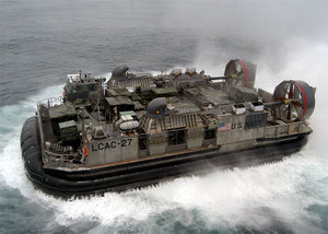 A U.S. Navy hovercraft attached to the Amphibious assault ship Kearsarge (LHD-3)